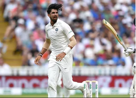 World reacts as Ishant Sharma delivers a fine spell of fast bowling before lunch on day 3