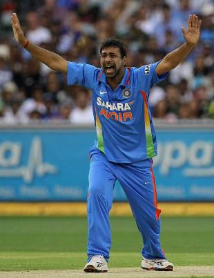 Uttar Pradesh born cricketer Praveen Kumar announces his retirement from International cricket