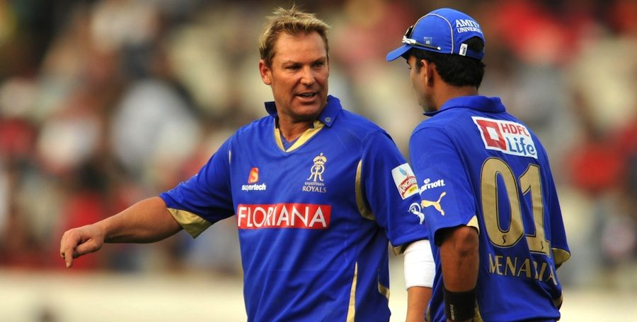 Shane Warne alleges this Pakistani cricketer of offering money to fix a match