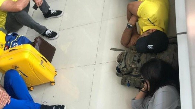 Three instances when MS Dhoni showed his simplicity by sleeping and sitting on airport floor