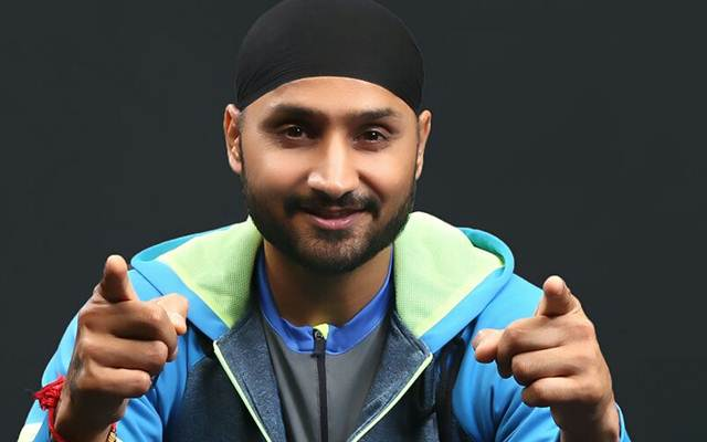Harbhajan Singh suggests the ideal batsman for India at number 4 and its not Rahul or Shankar