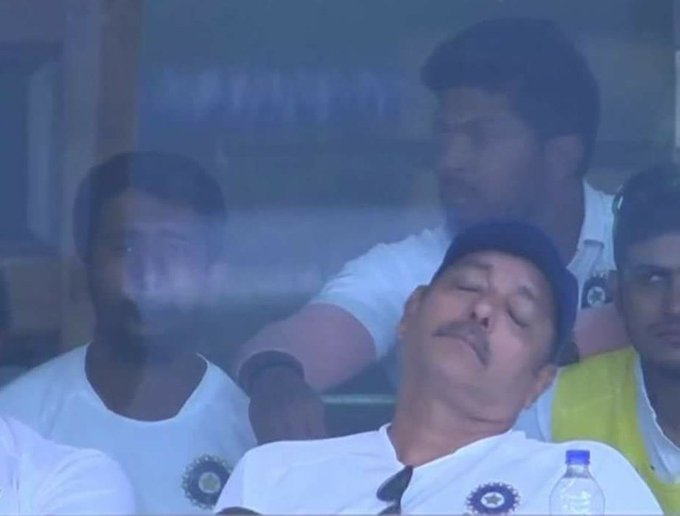 Ravi Shastri trolled for sleeping in the dressing room during 3rd day's play