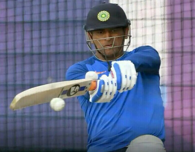 Jharkhand coach impressed by MS Dhoni's batting in the nets